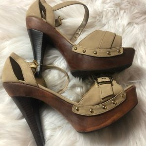 Bakers Shiloh heels